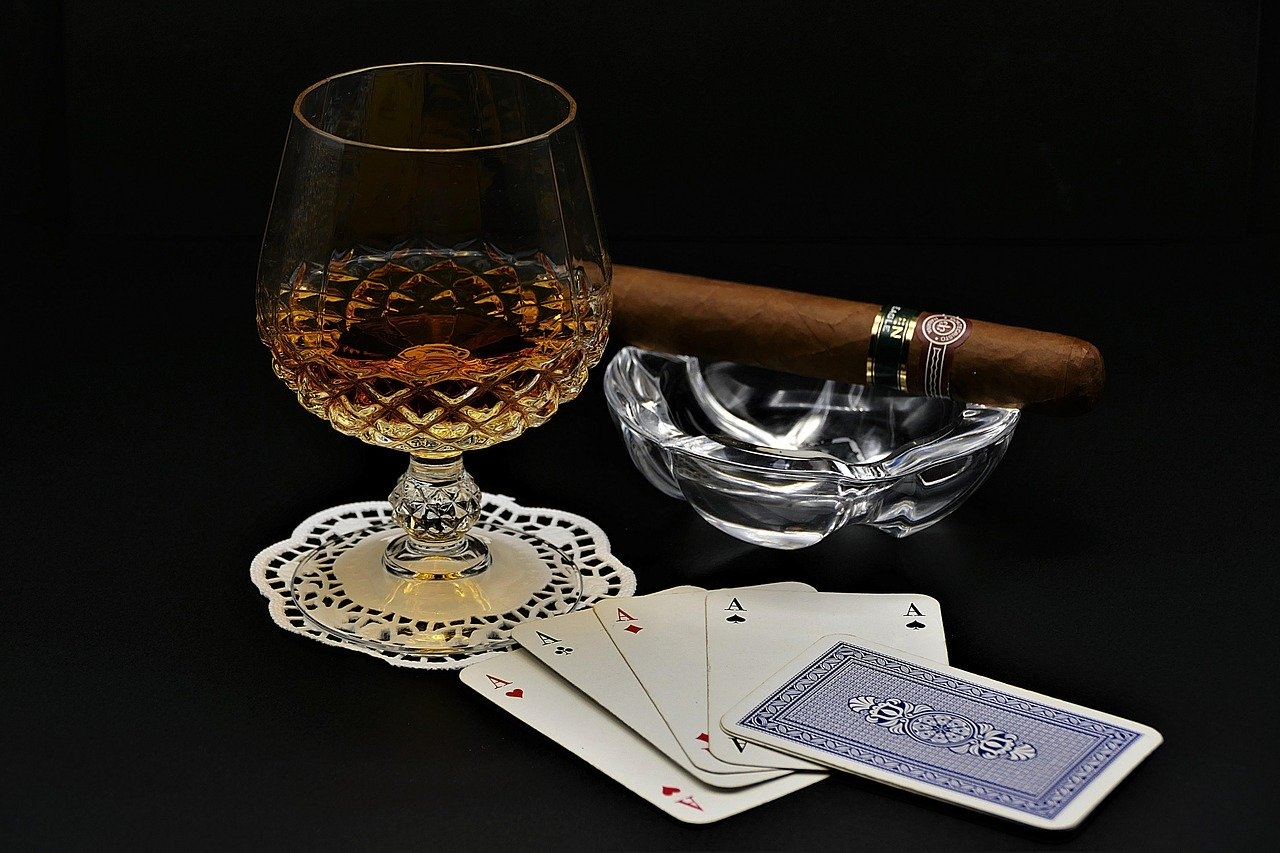 poker-drink-cognac